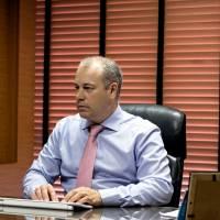 Carlos - Sala
